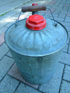 Oil can, Vintage oil can, London Ontario image 2