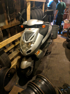 Scooter 250cc Bet and win Kymco