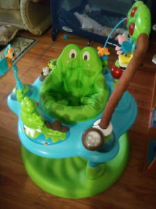 Exersaucer in excellent condition