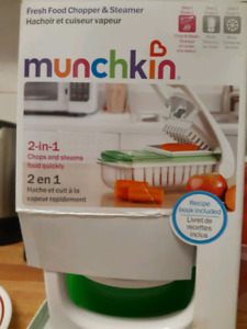 Munchkin Baby food chopper and Steamer 2 in 1