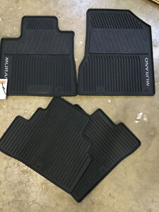 SELLING OEM 2015-2018 NISSAN MURANO RUBBER MATS
