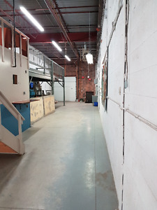 Great Location for rent space - warehousing and offices