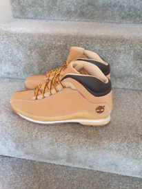 Timberland boots size 8 as NEW