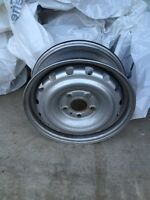 15 inch steel rims 5 bolt pattern