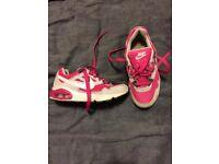Girls Nike air max trainers