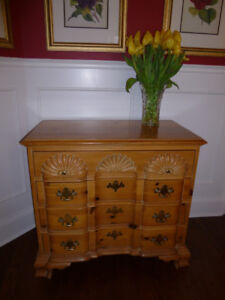 Chippendale block front  4 drawer chest by Link-Taylor