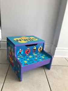 Attention Wiggles Fans!  Wiggles Step Stool with Storage Cambridge Kitchener Area image 1