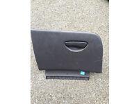 Ford Focus MK1 Glove Box