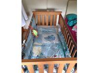 Beautiful cotbed & mattress