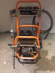 GENERAC GAS POWERED PRESSURE WASHER