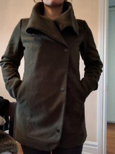 Women's green spring/fall coat, size M/L