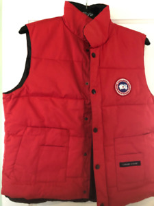 Used Canada Goose style vest (sz M)