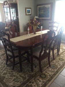 Formal dining set Antique Roadshow Collection
