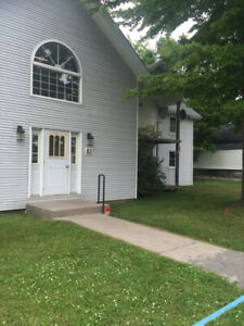 GANANOQUE, QUIET BUILDING, 2 BED