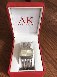 BRAND NEW Dazzling AK Anne Klein Silver Tone Diamond Rectangle F