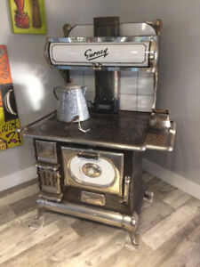 Classic / collectable working cookstove / woodstove
