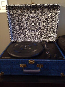 Limited Edition UO Exclusive Record Player