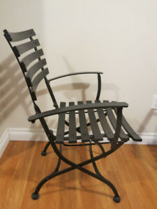 CAST IRON PATIO BREAKFAST SET 2  CHAIRS & MARBLE TOP TABLE