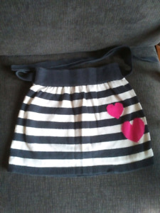 4 x Warm Skirts from Gap for Spring in Size 8 Girls