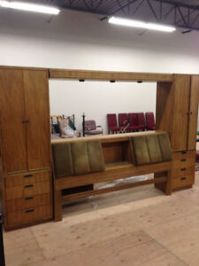 Beautiful Kingsize Solid Wood Bedroom Suite
