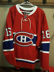 Montreal Canadiens Jersey Signed by Whole Team