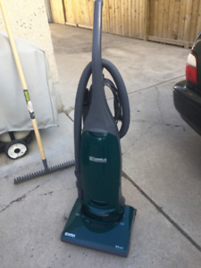 Kenmore upright vacuum with bags