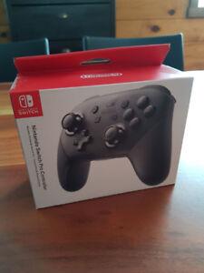 Manette Pro Controller, Nintendo Switch, NEUVE, jamais déballée