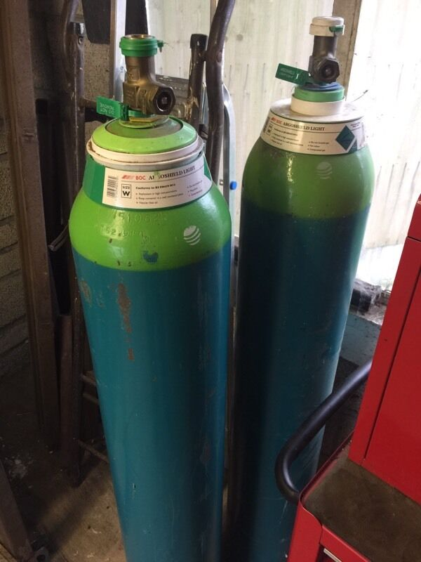 Argoshield light gasin Weston super Mare, SomersetGumtree - Argosheld light gas bottle for sale one use for 10 mins the other one is newSize w large very heavy . £80 each