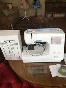 Kenmore Elite embroidery/sewing machine. Model 19005
