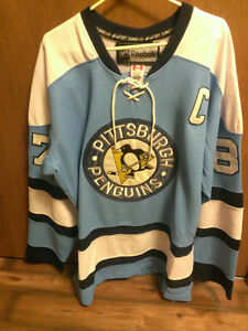 Sidney Crosby 2011 NHL Winter Classic Authentic Jersey Kitchener / Waterloo Kitchener Area image 1