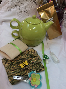 @TheBagLadyGifts making affordable gift bags for all-occasions