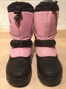 Girls Baffin Winter Boots Size 4 London Ontario image 5