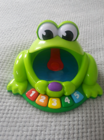Bright stars Pop and giggle pond pal frog