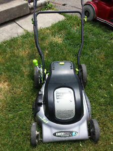 24V CORDLESS LAWNMOWER/EXC.COND./GOOD BATTERIES
