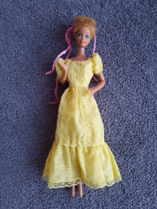 Vintage 1981 Mattel Magic Curl Barbie