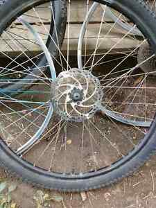 """27.5"""" rear back tire with disk brake"""