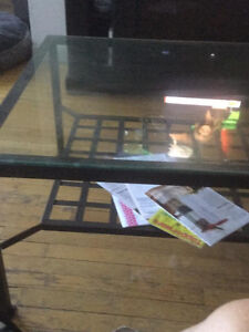 Glass coffee table on wrought iron West Island Greater Montréal image 3