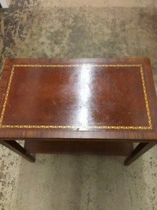 VINTAGE LEATHER TOP ACCENT TABLE