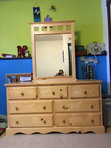 Canwood pine Dresser with mirror
