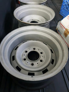 "Looking for 1 Chev Ralley Rim  8""x15"" 6 bolt"