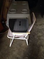 Pet kennel for small or medium pets $20 ONLY!!!