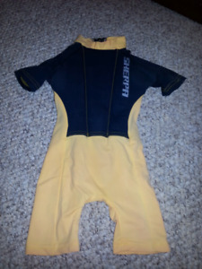 Floater suit Size 2