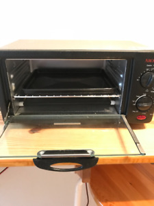 Toaster-oven, perfect condition!