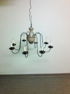 New England Style Chandelier