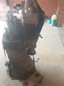 Toyota 80s land cruiser parts $100 if gone buy the weekend   Engine