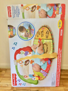 FISHER PRICE Play Mat/Activity gym + FREE toys LIKE NEW