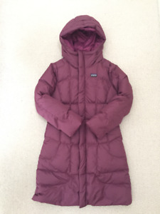 PATAGONIA BRAND NEW Girls Down Jacket Size 10, Retail $189.00