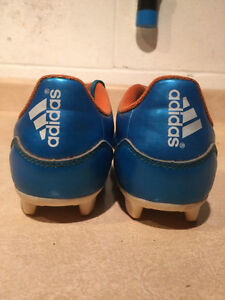 Kids Adidas F5 Outdoor Soccer Cleats Size 3 London Ontario image 2