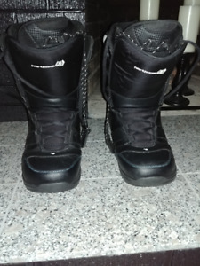 Snowboard Boots Size 290 / US 11 Mens Mint condition $60