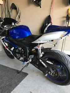 2007 gsxr, Yoshi exhaust, Pazzo short levers etc